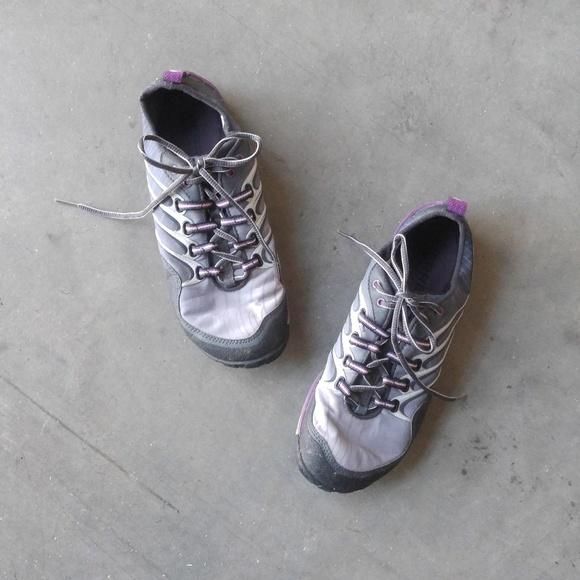 verschillende stijlen zo goedkoop klassieke stijlen Merrell Lithe Glove Barefoot Shoe in Dark Shadow